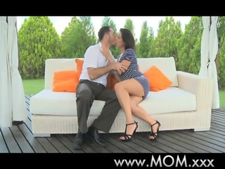 mommy dark brown d like to fuck acquires some