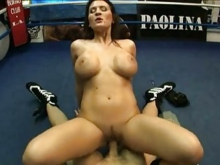 busty hawt mother i austin kincaid bouncing hawt