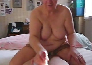 my aunt t live without to jerk the cock. hidden