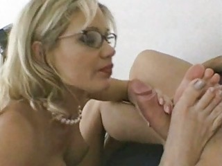 busty d like to fuck in glasses receives poked