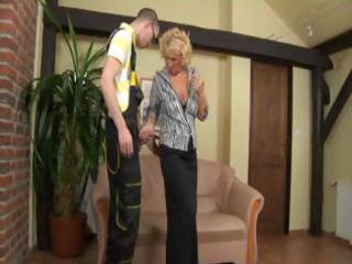 blonde aged woman gets a hard younger wang to