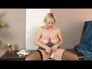 chubby golden-haired older in nylons