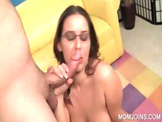 sexually excited mom cookie drilled on couch