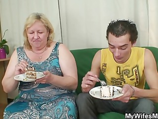 wife comes in when her mommy rides my pecker