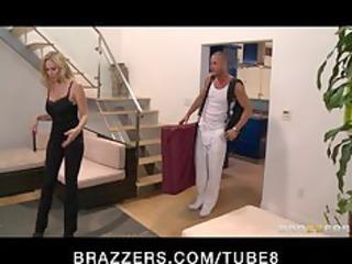 bigtit mother i pornstar julia ann massaged then