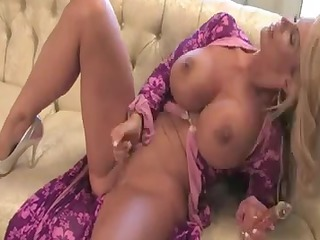 bewitching mother id like to fuck masturbate :