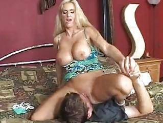 horny blond momma rhyse richardson slips a