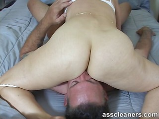 lascivious dominatrix demands for a-hole licking