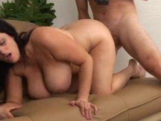 curvy mamma with large sexy bazookas screwed