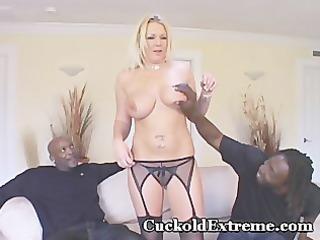 white wifey in cuckold trio