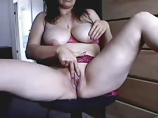 patty 19 years from the uk fingering at home