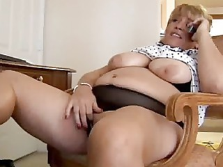 older big beautiful woman fingering herself