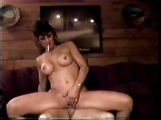 sexy older amateur smokin and riding